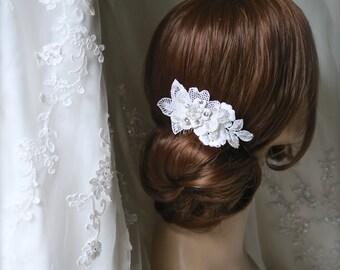 Wedding Hair comb, bridal ivory hair accessories, Champagne hair accessories, pearl hair clip,bridal lace comb wedding hair piece