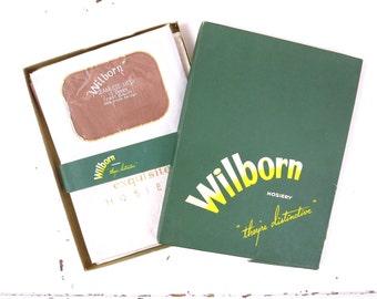 1940s Wilborn Seamless Mesh Nylon Stockings 2pr Size 11