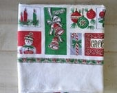 50s vintage---Poinsettia, Holly Leaves, Holly Berries, snowmen, Christmas tree  Christmas tablecloth---holiday entertaining