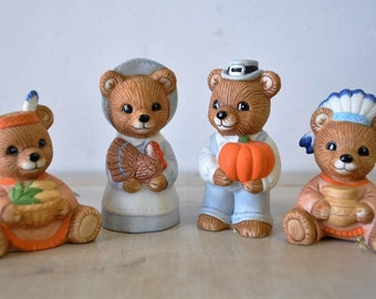 4 adorable vintage porcelain HOMCO Thanksgiving Bears / Thanksgiving decor / Pilgrims/ 1980s HOMCO figurines