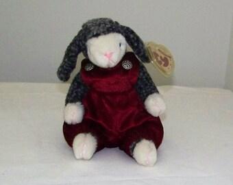 Lilly The Lamb A TY 1995 Attic Treasure