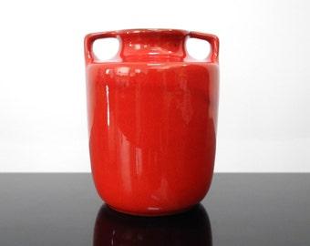 Red Vase / 70s / Vintage