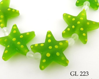Frosted Green Beach Glass Beads Star Fish  (GL 223) 5 pcs BlueEchoBeads
