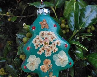 Pressed SPIREA CLEMATIS LARKSPUR Ornament, Real Flower Christmas Tree Pretty, Painted Green Glass, Luster Glitter, Handmade Home Grown Ooak