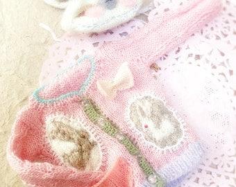 jiajiadoll- pink bunny wonderland hand knitting- pink bunnys bowknots lace sweater fits Momoko Or Blythe Or Misaki
