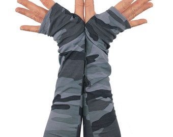 Arm Warmers in Grey Camo - Camouflage Sleeves - Fingerless Gloves