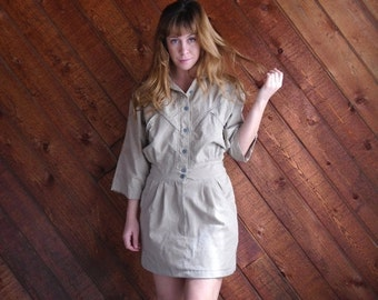 extra 30% off SALE ... Khaki Sand Mini Shirt Dress with Zippers - Vintage 80s - SMALL S 2 4