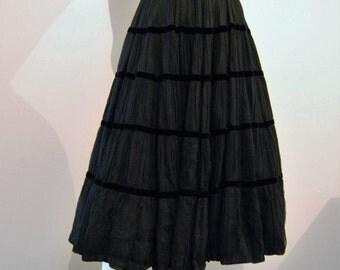 1950's Perfect Black Full Swing Skirt