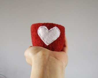 felted wool bowl  -  dark red wool with white eco felt heart -  wool anniversary ring bowl or dish - Valentine's day gift - stocking stuffer