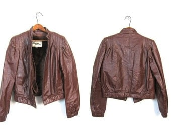 Cafe Motorcycle Jacket 80s Coat Cropped Brown Leather Wilsons Faux Fur Lined Moto Coat Zip Up 1980s Cropped Jacket Womens Small Medium