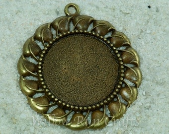 5 pcs 30mm Antique Bronze Pendant Trays with decorative edge with 5 Glass Cabochons (19-16-420), Blank Bezel Cabochon Setting