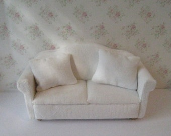 Dollhouse Loveseat, , Living room sofa, sofa, Loveseat, white sofa, white velour loveseat,, twelfth scale, dollhouse miniature