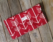 Red Arrow Diaper Clutch with Changing Pad - Gray - Grey - Geometric - Modern -  Baby Shower Gift - Boy - Girl - New Mom Gift - Roll Up