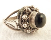 Adjustable Size 6 Vintage Mexican Sterling Onyx Ring