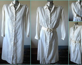 Vintage 60s White Eyelet Trim Shirt Dress Size 10