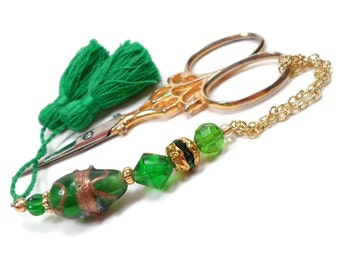 Emerald Green Gold Scissor Fob Beaded Scissor Keeper Scissor Minder Quilting Cross Stitch Needlepoint Sewing