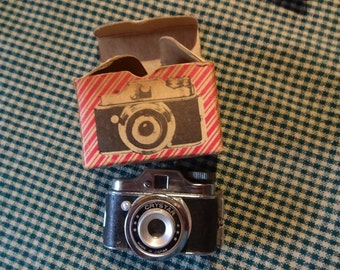 Mini Camera , MADE IN JAPAN, Design Jewelry, Fathers Day, antique, original box, no film, collectible, adorable,Hard To Find