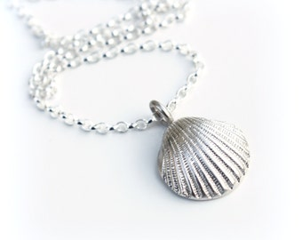 Silver Scallop Shell Necklace, Fine Silver Shell Necklace, Sustainable Ecofriendly Silver, Beach Jewelry, Silver Cockle Shell Necklace