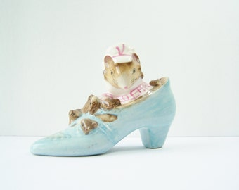 Beatrix Potter Collectible, Old Woman Who Lives in a Shoe Figurine, 1959 F. Warne Co. Ltd. Beswick England, Storybook Nursery Decor