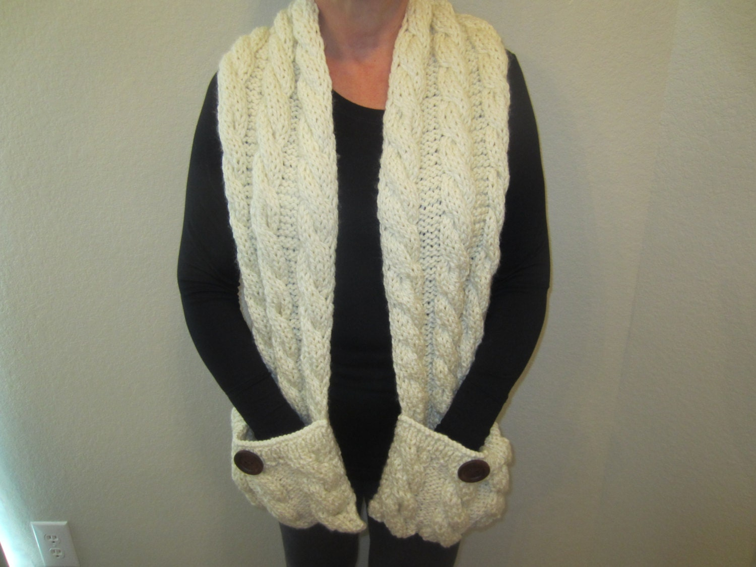 Knitting Pattern Scarf With Pockets : Cream Hand Knit Scarf With Pockets