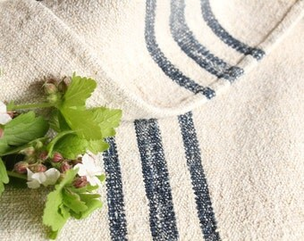 B 181 : grain sack,  antique linen;INDIGO  BLUE;  pillow benchcushion;  wedding decoration; yachting pillow, thanksgiving; gift bag