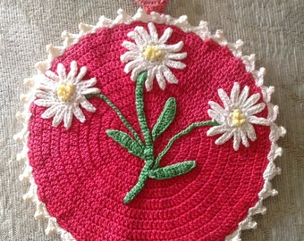 Vintage Lace Crochet Daisy Pot Holder, Granny Chic, Wall Art