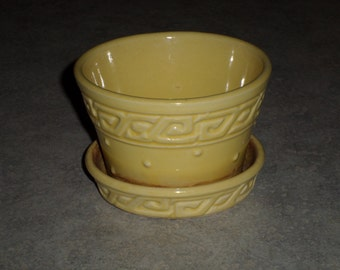 McCoy Pottery yellow Greek Key small flower pot planter with attached saucer