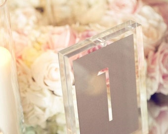 Basic table number Die cut 1-20 in metallic