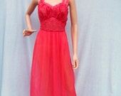 50% Off Sale 60s Coral Pleated Goddess Nightgown size Extra Small SEAMPRUFE