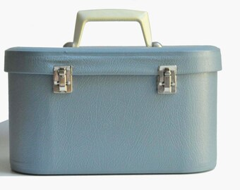 Vintage Blue Train- Makeup Case Vinyl