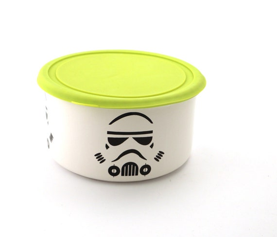Zombie Knitting Bowl : Star wars r storm trooper leftovers bowl with silicone lid