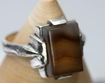Vintage Sterling and Agate Ring