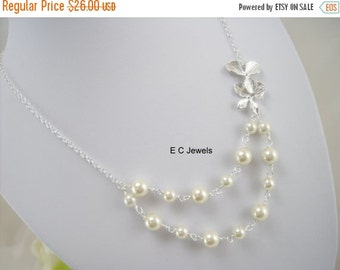 Orchid and Pearls Necklace