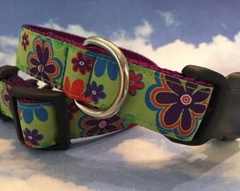 Retro Flowers on Lime Green Dog Collar In Sizes M, L, XL