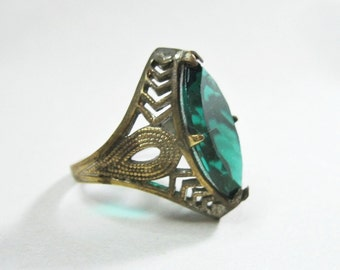 Antique Art Deco Ring - Filigree - Silver Tone - Deep Teal Glass Stone - Size 4.5 - 1920s