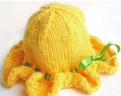 SALE 30% OFF - Baby Sun Hat, Ruffle Brim, Photo Prop, Sunshine Yellow, Soft Vegan Yarn, Satin Ribbon - CUSTOM Sized