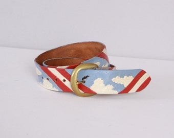 Vintage 70s BELT / 1970s Tooled & Painted Clouds and Birds Leather Boho Belt