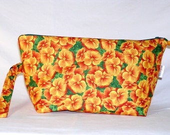 Nasturtiums Beckett Bag