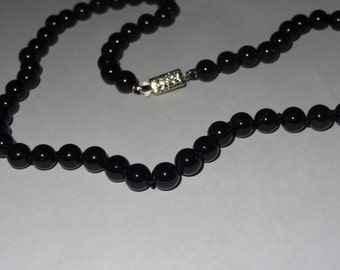8mm Black Onyx Beaded Necklace 18 Inches Long