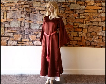 Burgundy Medieval Gown with Flared Sleeves - Fantasy Costume, LARP Garb, Fancy Dress, Queen, Princess