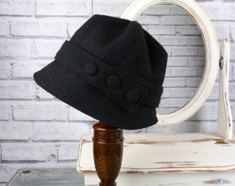 Womens Harris Tweed Cloche Hat - Black