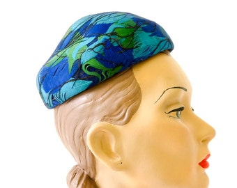 Vintage 1960s Hat / 60s Pointed Pillbox Hat from Harolds Dept Store, MN / Royal Blue, Aqua and Green Feathers Under Netting