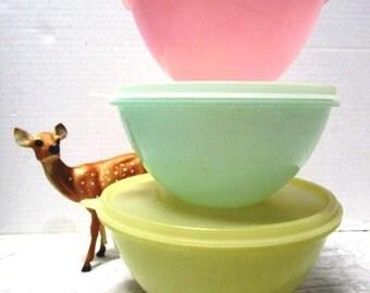 6 pc Vintage Tupperware Wonderlier Pastel Nesting Bowls w/ Lids, Durable Classic, Shabby Cottage Chic, Retro, Sheer Plastic Unbreakable, USA