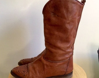 Caramel Leather Western Boot with Detail at Toe // Joan and David // Size 6