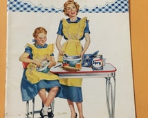 Spry 1953 Lever Bros cooking booklet recipes pies cakes cookies quick breads helpful hints booklet 25 pages