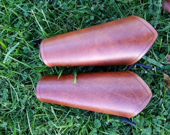 Timber Brown Small Leather Bracers (Women's Pair)