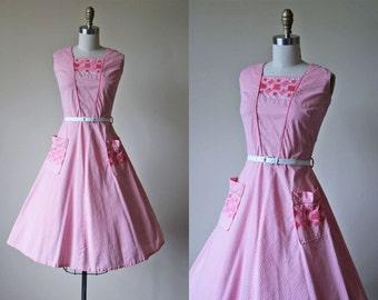 1950s Dress - Vintage 50s Dress - Candy Pink Striped Embroidered Full Skirt Cotton Sundress M L - Candystriper Dress