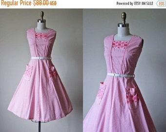 ON SALE 1950s Dress - Vintage 50s Dress - Candy Pink Striped Embroidered Full Skirt Cotton Sundress M L - Candystriper Dress