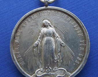 Antique German Silver Virgin Mary Miraculous Medal Pendant   SS196