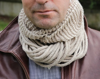 Antiallergic Oatmeal Scarf, Mens Cowl Infinity Scarf Knitted Circle Scarf, Cotton Yarn, Unisex Chunky Beige Neck Warmer Crochet Handmade